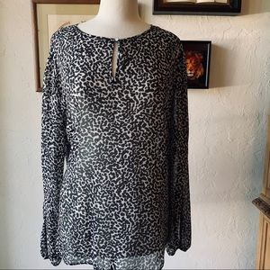 Banana Republic long sleeve top - XL